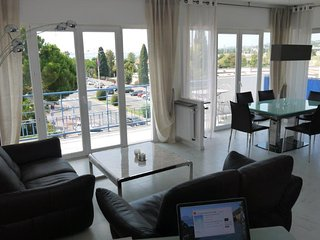 Nice Condo with Internet Access and Satellite Or Cable TV - Cagnes-sur-Mer vacation rentals