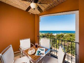 Beautiful 3 Bedroom Condo with Amazing Ocean View - Tamarindo vacation rentals