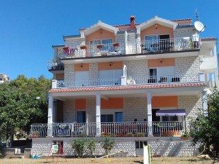 Villa S&B Matijas -  Apartment A3 (2+2) - Marina vacation rentals