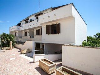 221 Studio apartment in a Complex in Marittima Castro - Marittima vacation rentals