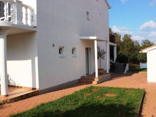Oliva C6 - Varvari vacation rentals