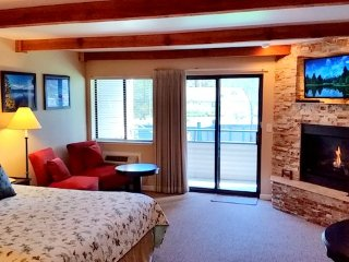 Lakeland Village - Deluxe King - (Pool View) - South Lake Tahoe - South Lake Tahoe vacation rentals