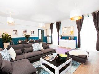 Le Marais - Beautiful apartment of 3 Bedrooms 2 bathrooms - 130 sqm - Paris vacation rentals