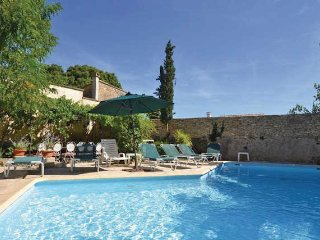 Provence vacation rental with pool, sleeps 9 - Saint-Maximin vacation rentals