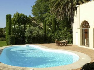 Caux luxury holiday accommodation South of France - Caux vacation rentals