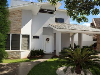 Nice Condo with Internet Access and A/C - Foz de Iguassu vacation rentals