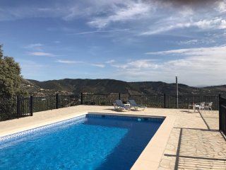 Peaceful Stone Cottage with breathtaking views, own pool and Air conditioning - Algarinejo vacation rentals
