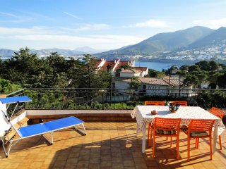 Carboneres Atic: WIFI, huge terrace with sea view and BBQ - Llanca vacation rentals