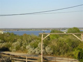 Efficiency with garage, Peek a View of Lake, Country Living - Sandia vacation rentals