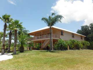 Beautiful Key West Style Getaway in Ozello Keys - Homosassa Springs vacation rentals