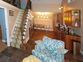 Charming Lake House in the Heart of Lake Erie - Erie vacation rentals