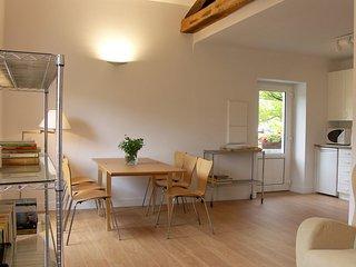 Appartment Grenier Maison Oyan - Urrugne vacation rentals