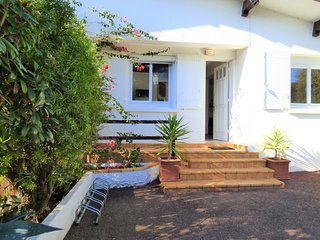 Appartment Estiennes close to Erromardi beach - Saint-Jean-de-Luz vacation rentals