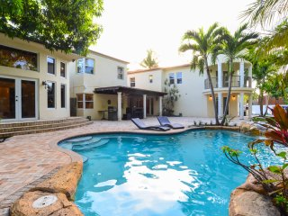 8BR Villa in Miami Beach / Movie Theater / Pool - Miami Shores vacation rentals