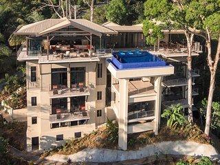 Vista Hermosa Estate-Manuel Antonio's Newest, Private beach trail, Private CHEF - Manuel Antonio National Park vacation rentals