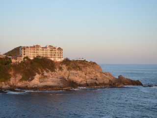 Dramatic Oceanfront & Gorgeous Sunsets - Puerto Angel vacation rentals