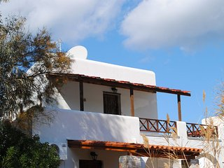 House 30 m.from sea multi terrace parking 4 people - Vari vacation rentals
