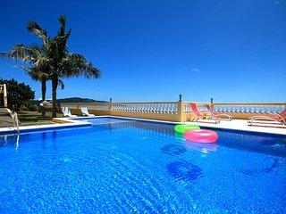 4 bedroom Villa with Television in Santa Cruz - Santa Cruz vacation rentals