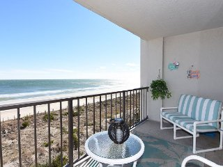 Station One - 4C DiRosa - Oceanfront condo with community pool, tennis, beach - Wrightsville Beach vacation rentals