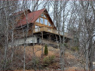 Waterfalls Rd Cabin-Close to Downtown Blowing Rock - Lenoir vacation rentals