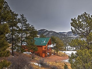 NEW! 3BR Cripple Creek Cabin w/Stunning Scenery! - Cripple Creek vacation rentals