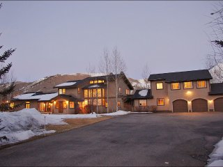 The Palace at Sun Valley - Extra Large Home Ideal for Big Groups and Families - Ketchum vacation rentals