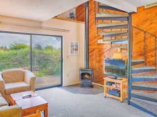 Comfortable 1 bedroom Copalis Beach Condo with Deck - Copalis Beach vacation rentals