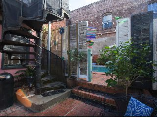 French Quarter accommodation with POOL - New Orleans vacation rentals