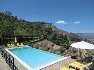 House with wonderful mountain view - Torre de Moncorvo vacation rentals
