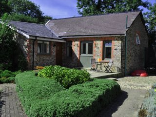 Sheldon Barn at High Park with Shared Indoor Pool - Bideford vacation rentals