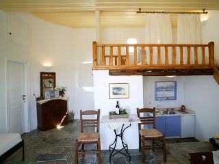 Lighthouse Complex - Sunflower - Faros vacation rentals
