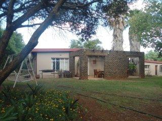 7 bedroom House with Shared Outdoor Pool in Maanhaarrand - Maanhaarrand vacation rentals