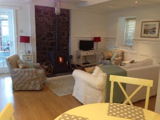 Comfortable Cottage with Internet Access and Television - Kirkton of Glenisla vacation rentals
