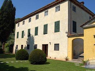 Villa in Tuscany : Lucca & Pisa Villa Enza - 8 People - Orbicciano vacation rentals