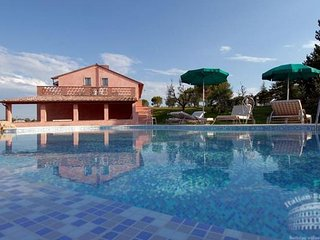 Villa in Tuscany : Montepulciano Area Villa Crociana - Sant'Albino vacation rentals