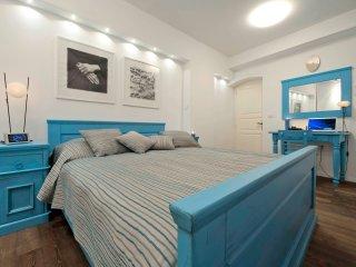 Whooart Apartment - One Bedroom Apartment - Komiza vacation rentals