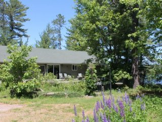 Beautiful Cottage with Satellite Or Cable TV and Parking - Monetville vacation rentals