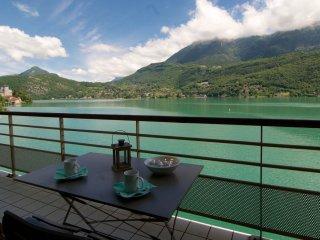 LES LIBELLULES - Pieds dans l'eau - Angon vacation rentals