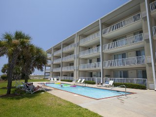Gulf front vacation condo is an absolute beauty! - Dauphin Island vacation rentals
