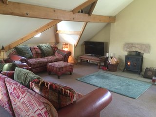 Lovely large character apartment (sleeps 7) with fantastic views of Ingleborough - Ingleton vacation rentals