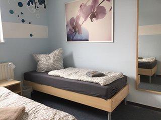 Two bed room Ensuite Bathroom - Berlin vacation rentals