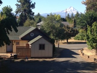 Vacation rentals in Hood River