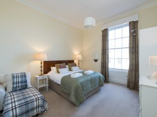 Large, Central 3 Bed Apartment with Stunning Views - Edinburgh vacation rentals