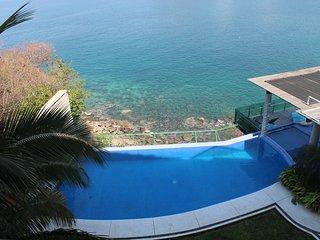 Great View- 2 bedroom-At La Punta Manzanillo 3 - Manzanillo vacation rentals