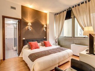 M&L Apartment - Ardesia 7 Colosseo - Rome vacation rentals