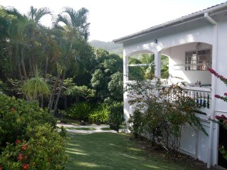 Spacious 5 bedroom House in Praslin Quarter - Praslin Quarter vacation rentals