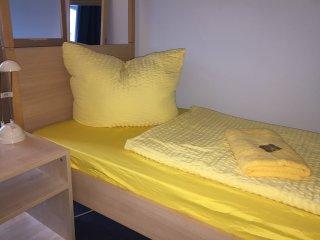 Four bed room Ensuite Bathroom - Berlin vacation rentals