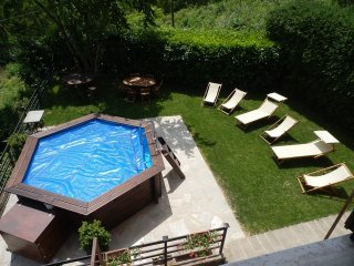 Country house in Tuscany - 3 double bedrooms - Castelnuovo di Garfagnana vacation rentals