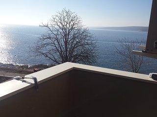Sea apartment Dobrić-boat mooring koromacno - Labin vacation rentals