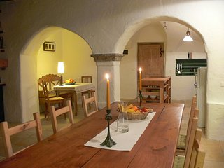 Apartments in historischem Bauwerk - Telfes im Stubai vacation rentals